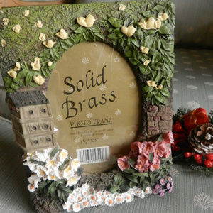 Vtg home decor birdhouse floral 3D pic photo frame